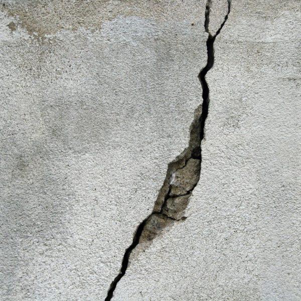 Type de fissures : les différents types de fissures de maison
