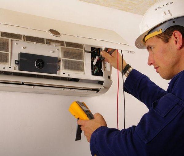 5 signes que vous devez réparer ou remplacer votre climatiseur